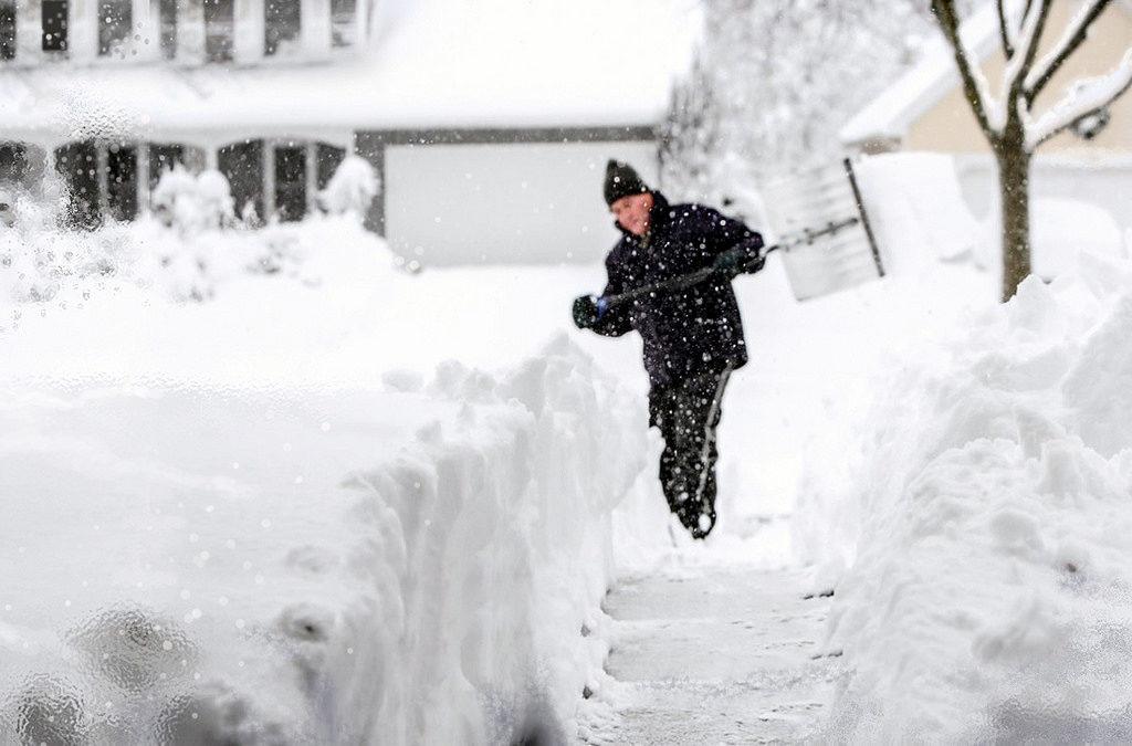 Snow Shoveling Photo Credit: snowstorm-2018 (Flickr)