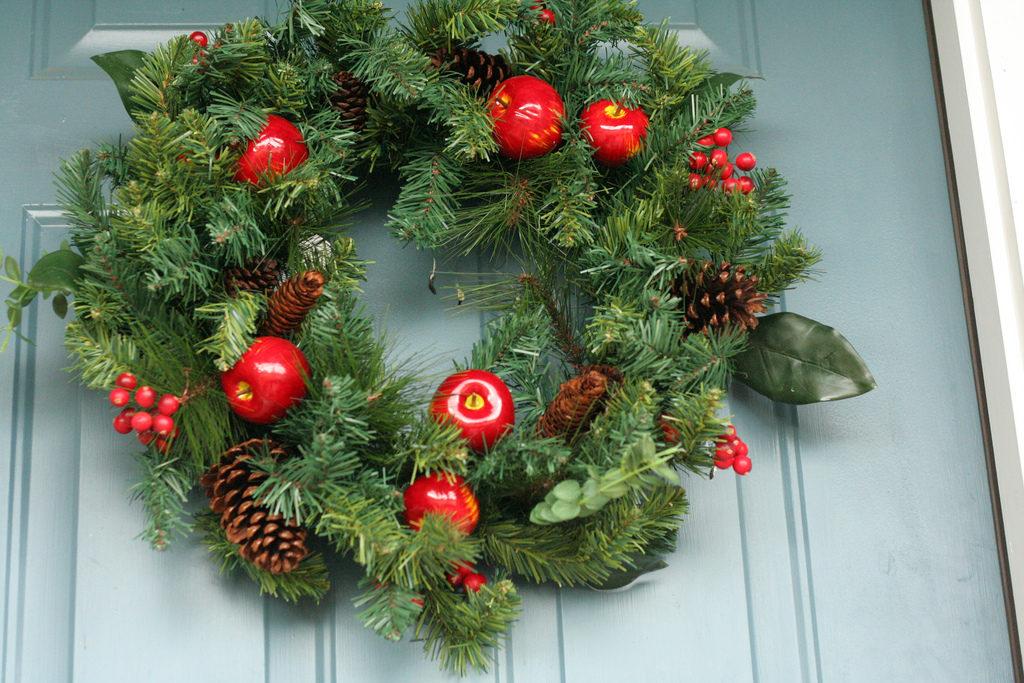 Holiday Wreath Photo Credit: Jinx (Flickr).