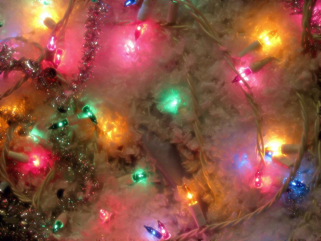 Holiday Lights Photo Credit: Thomas (Flickr).