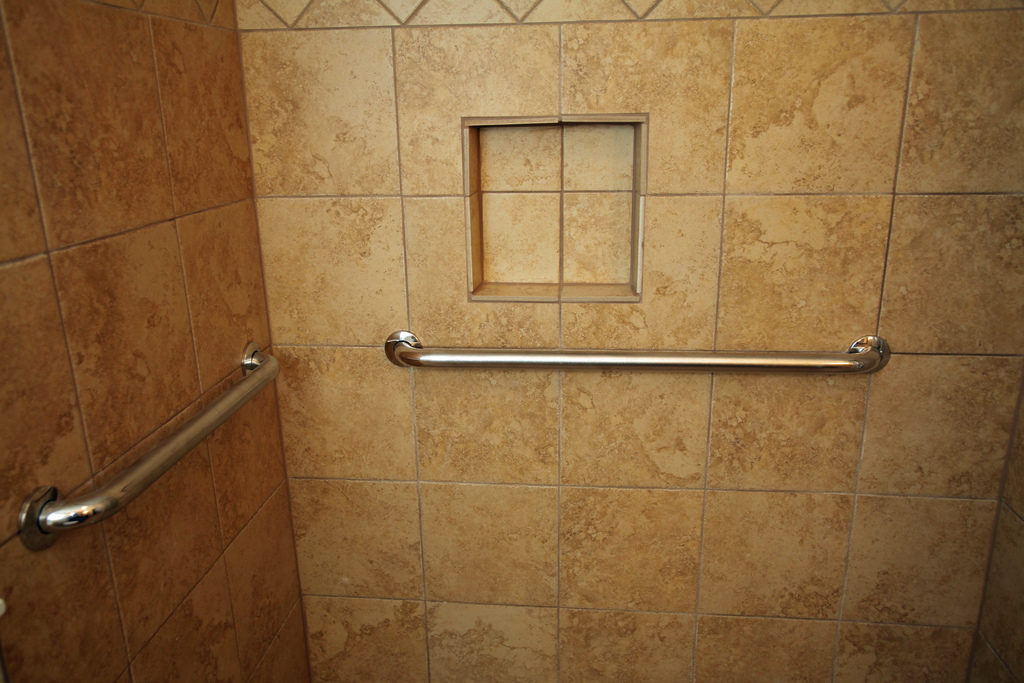 Bathroom Safety, Grab Bars Photo Credit: Gardener41 (Flickr).