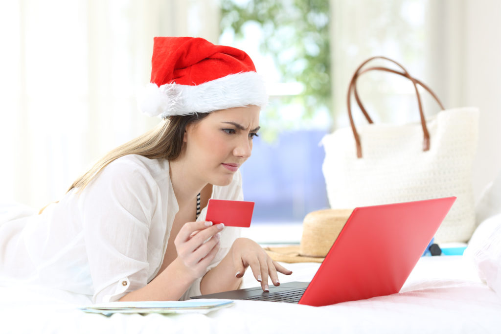 Holiday Shopping, Photo Credit: AntonioGuillem (iStock).
