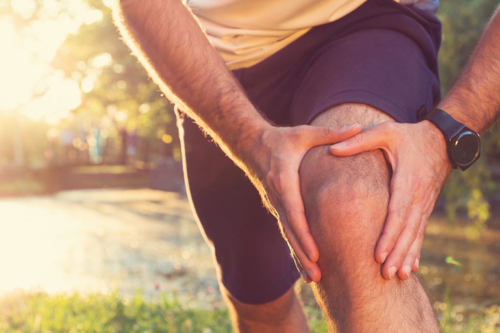 Knee Pain Photo Credit: m-gucci (iStock).
