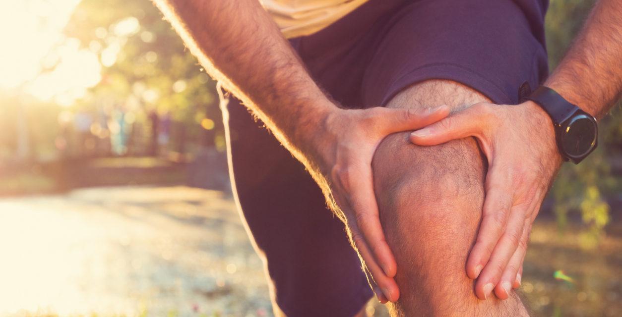6 Ways to Naturally Treat Knee Pain