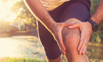 6 Ways to Naturally Treat Knee Pain